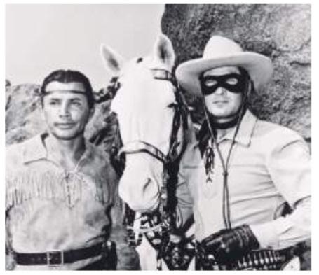 Imagen 6. Escena de la serie de televisión The Lone  Ranger  (1949-1957).  Fue  protagonizada por Cla-yton Moore (Llanero) y Jay Silverheels (Toro).