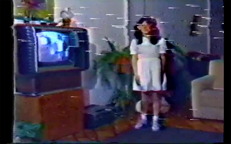 Personalmente T.Video (Charalambos y  Ramírez, 1986). Video, color, sonido, 21'.