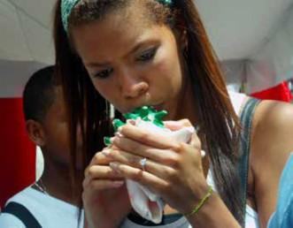 Imagen 1. Semeruco.Git en Tríadas Improvisación al borde. Caracas –Venezuela. 2020. Foto María Angélica Bermúdez. Archivo del grupo