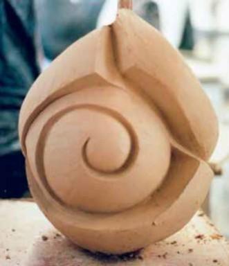 Imagen 6. Práctica de modelado en barro de un alumno de 1º de Bellas Artes (2005).