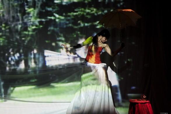 Imagen 1. Muestra de danza, IV año (2012). Arte Danzario, ASAB. Énfasis Interpretación. Fotografía: Carlos Mario Lema.