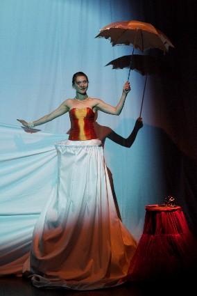 Imagen 2. Muestra de danza, IV año (2012). Arte Danzario, ASAB. Énfasis Interpretación. Fotografía: Carlos Mario Lema.