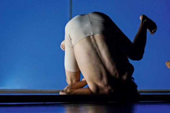 Imagen 4. Habitar el cuerpo abyecto: realización escénica a partir de un laboratorio escénico. Amanda Méndez Ramírez, (2019). Fotografía: Nathalie Méndez.