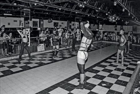 Imagen 2. Alexis Córdoba/Zymalia Drag (2017). Fotografía: Rafael Vázquez. En el No Ball, Ciudad de México
